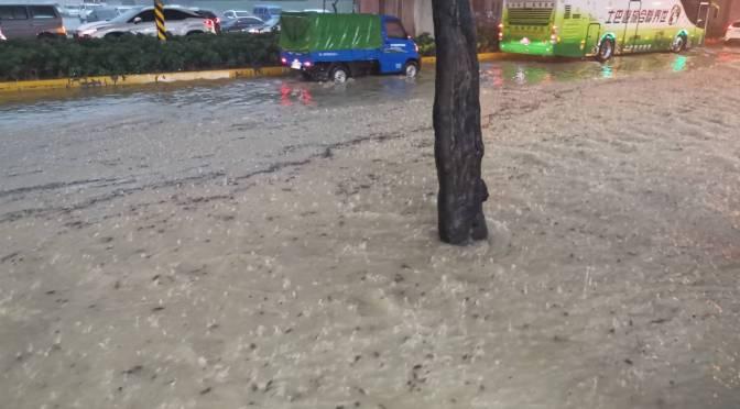 午後雷雨!高雄變水都 各區淹水停電災情頻傳
